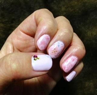 タイダイと桜シールのジェルネイル