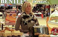 パンが出たり引っ込んだりするトースター