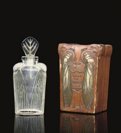 Cigalia was launched by Roger et Gallet in 1910. Its fabulous Art Nouveau bottle was made by Rene Lalique