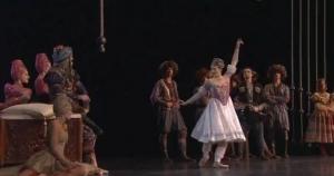 Isabelle Ciaravola dancing Nouredda variation