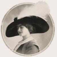 Comoedia Illustré Chamel Hat 1910