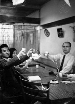 パリの日本食屋