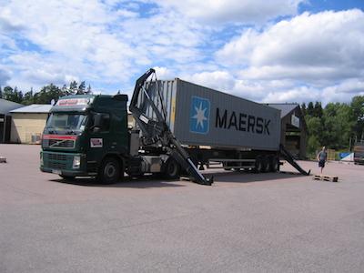 スウェーデン建材の輸送