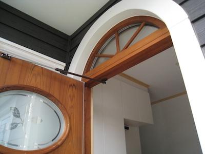 玄関ドア-半円窓