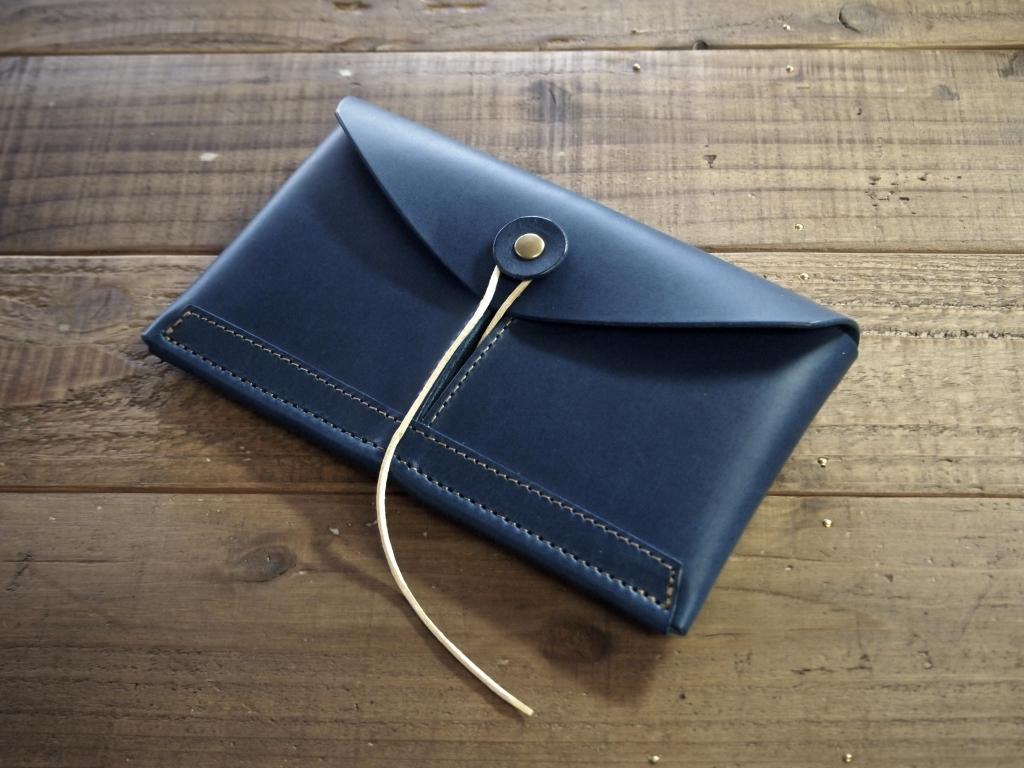ブッテーロ財布