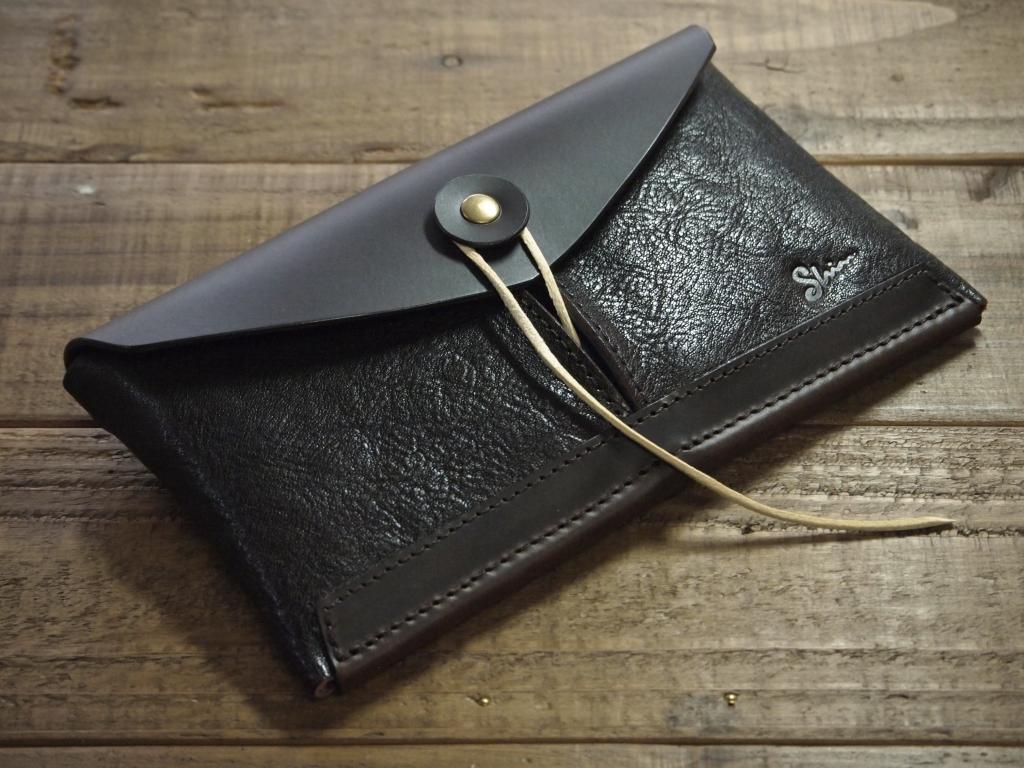 大容量の革財布