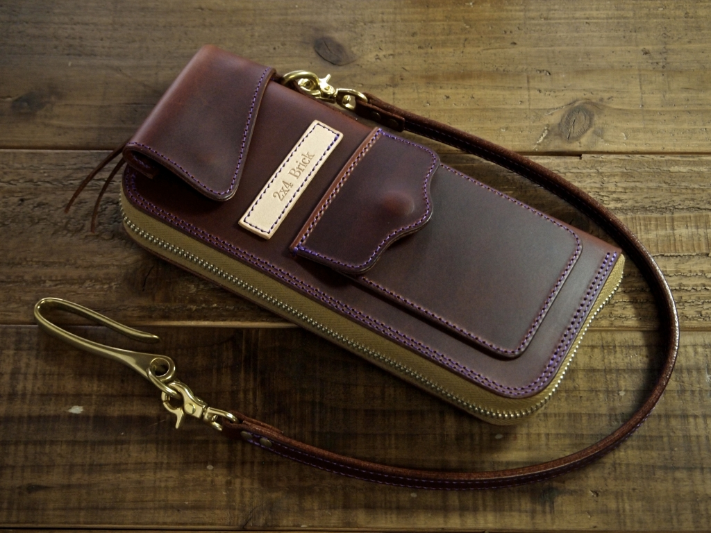 マレンマの革財布(フライトウォレット)