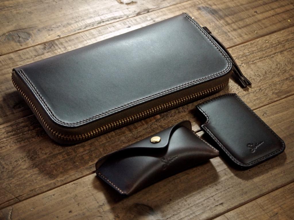 マレンマの革財布とコインケースとミンティアケース