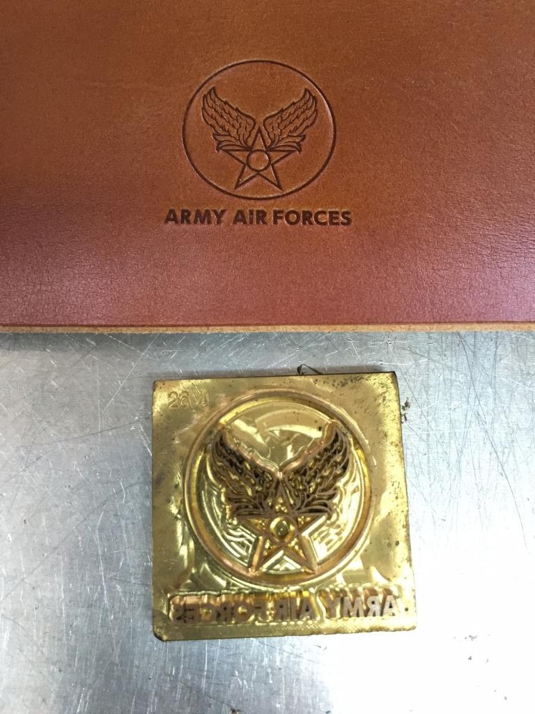 エアフォースマークの真鍮刻印