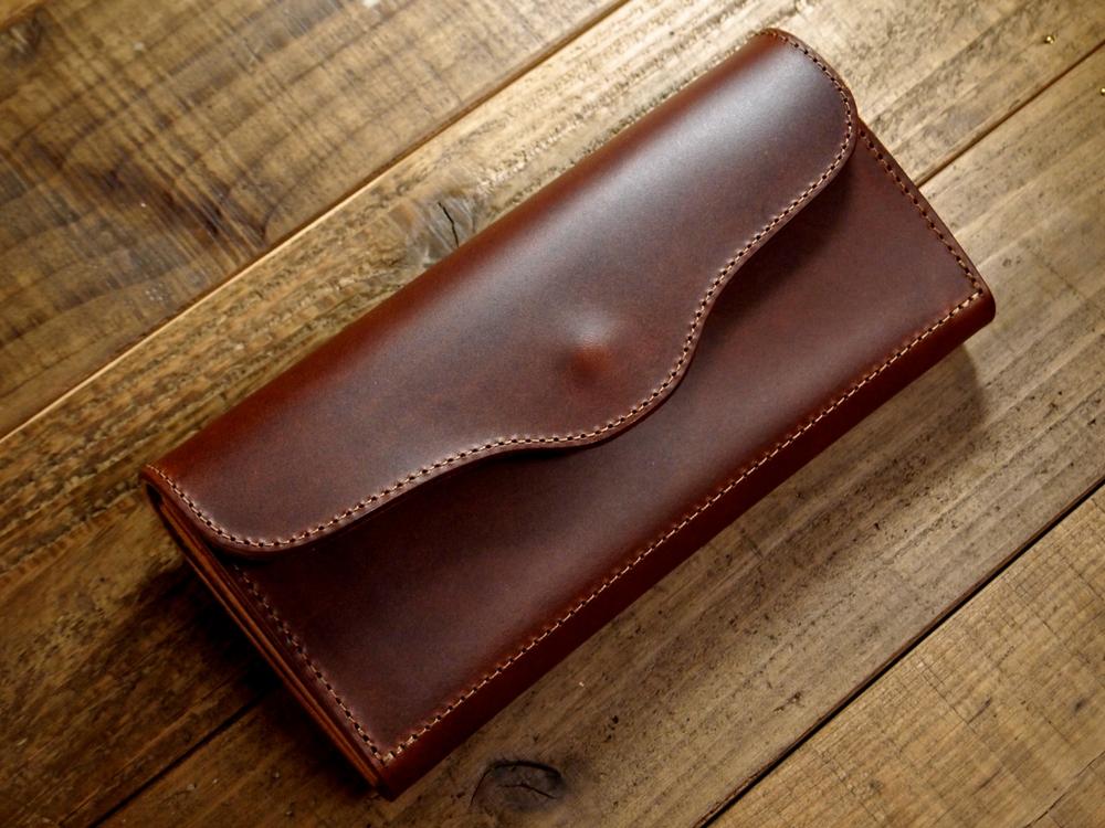 マレンマの革財布