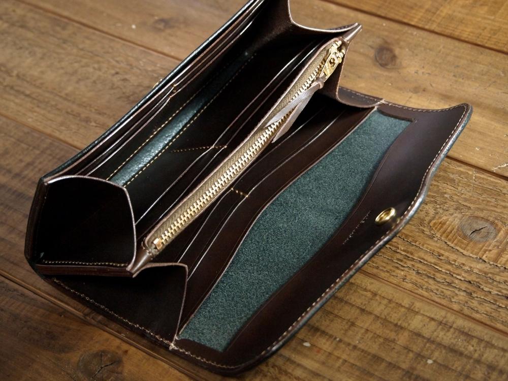 ブッテーロの長財布