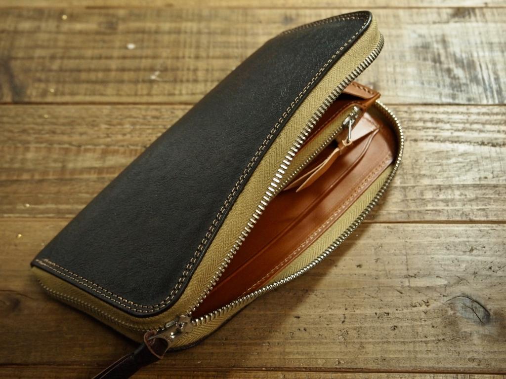 ホースハイド(馬革)のラウンドファスナー式長財布