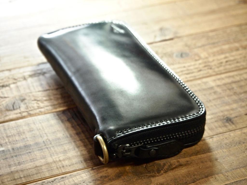 シェルコードバンの財布(ラウンドファスナー)