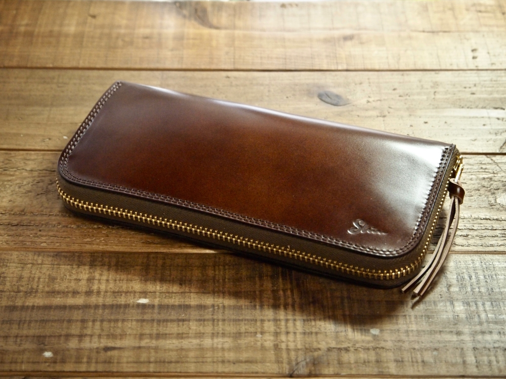 レーデルオガワの水染めコードバンの長財布