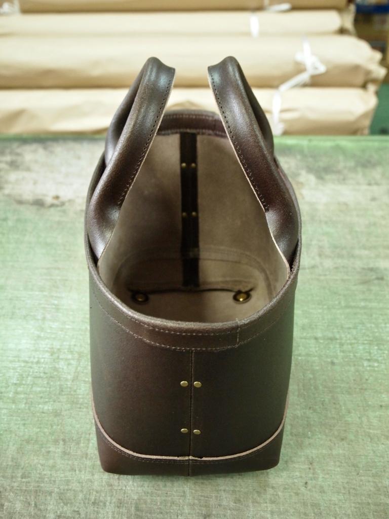 革製の小さいトート(ミニトート)