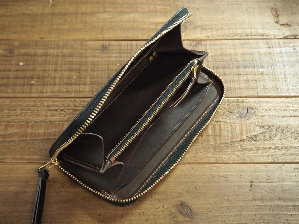 黒い革(ブッテーロ)の財布