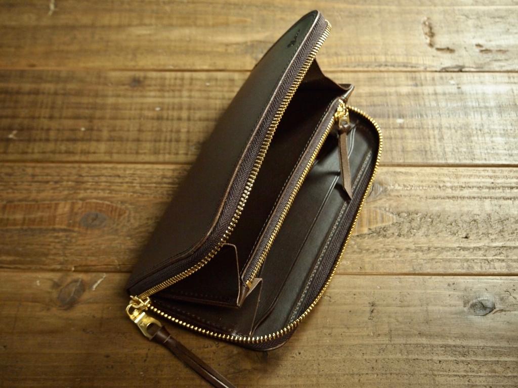 ブッテーロの革財布