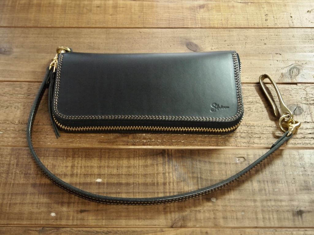 黒い革(ブッテーロ)の長財布