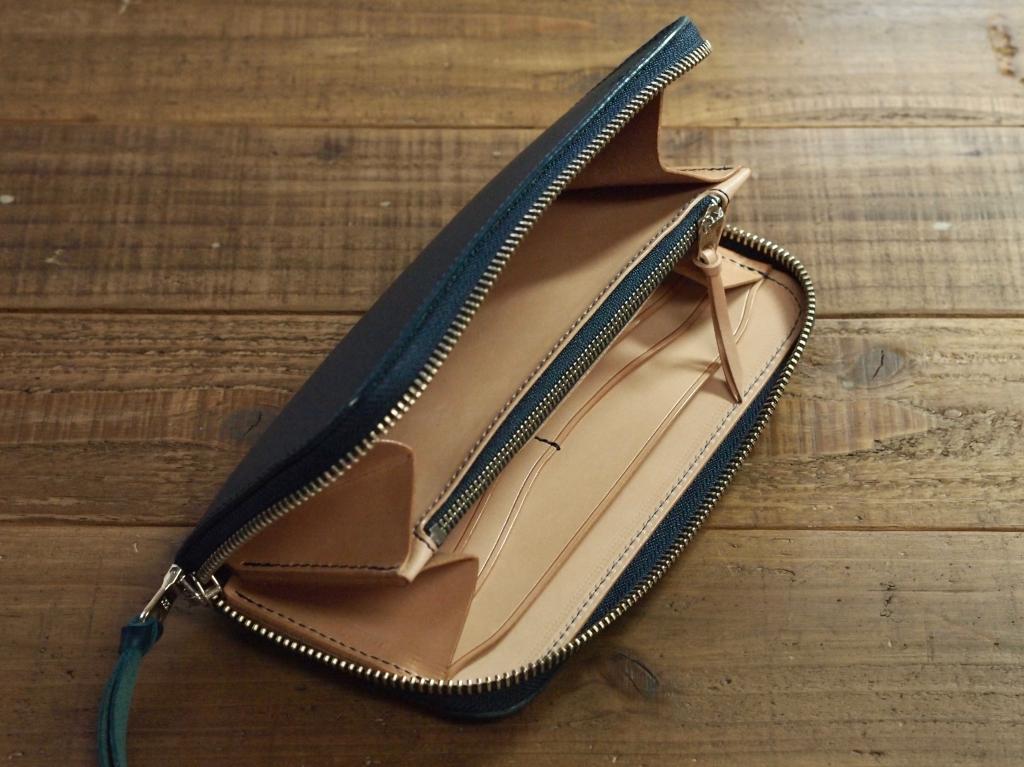 青い革(ブッテーロ)の長財布/ラウンドファスナーウォレット/カスタムオーダー