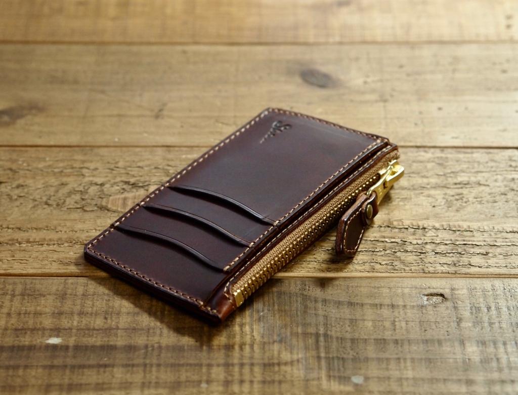 カードと小銭が入るお財布