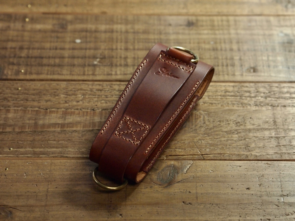 レザーマンの革ケース(leather sheath for LEATHERMAN)