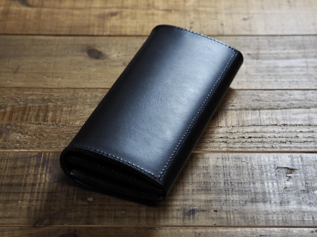 黒いブッテーロの財布