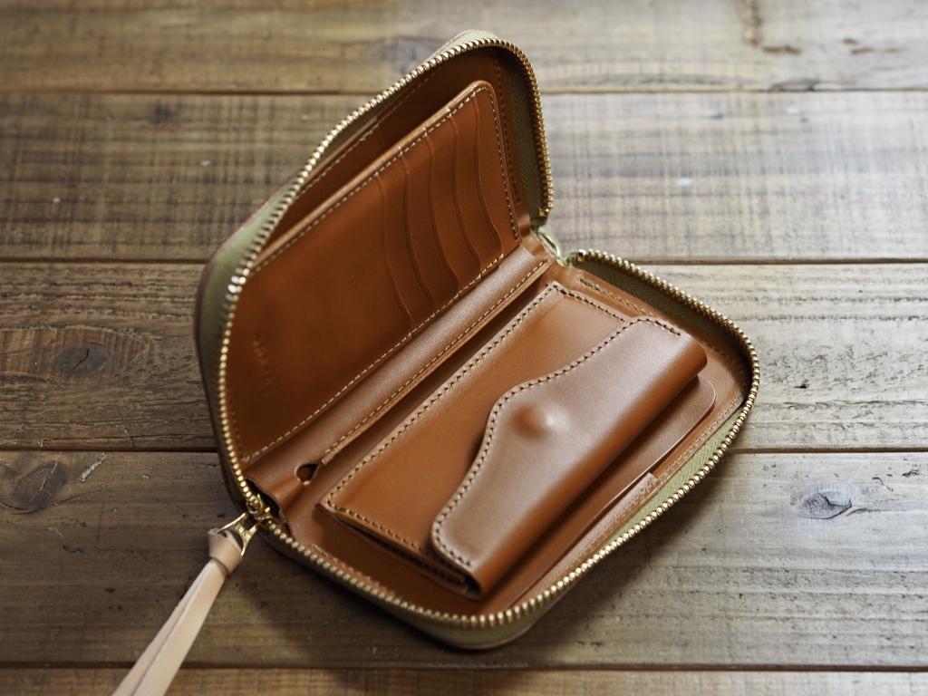 ヌメ革のお財布(ミドルウォレット)