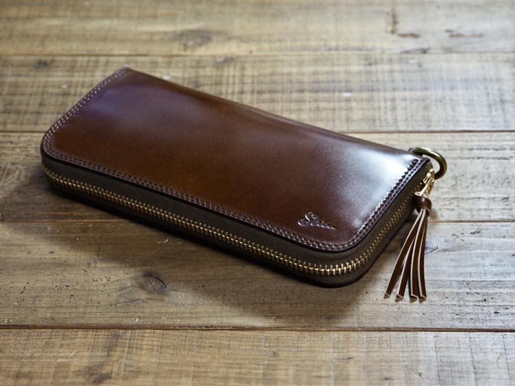 コードバンの革財布