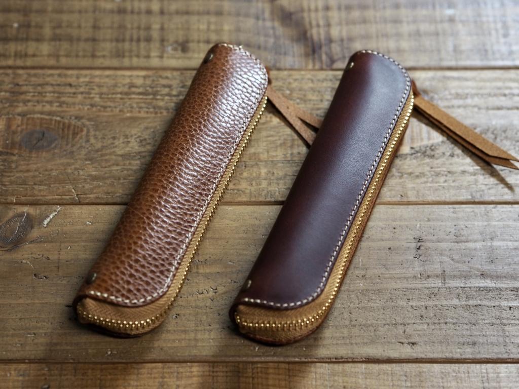 コンパクトな革のペンケース
