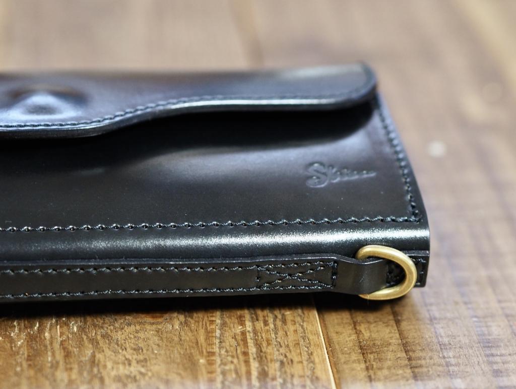 シェルコードバンの革財布