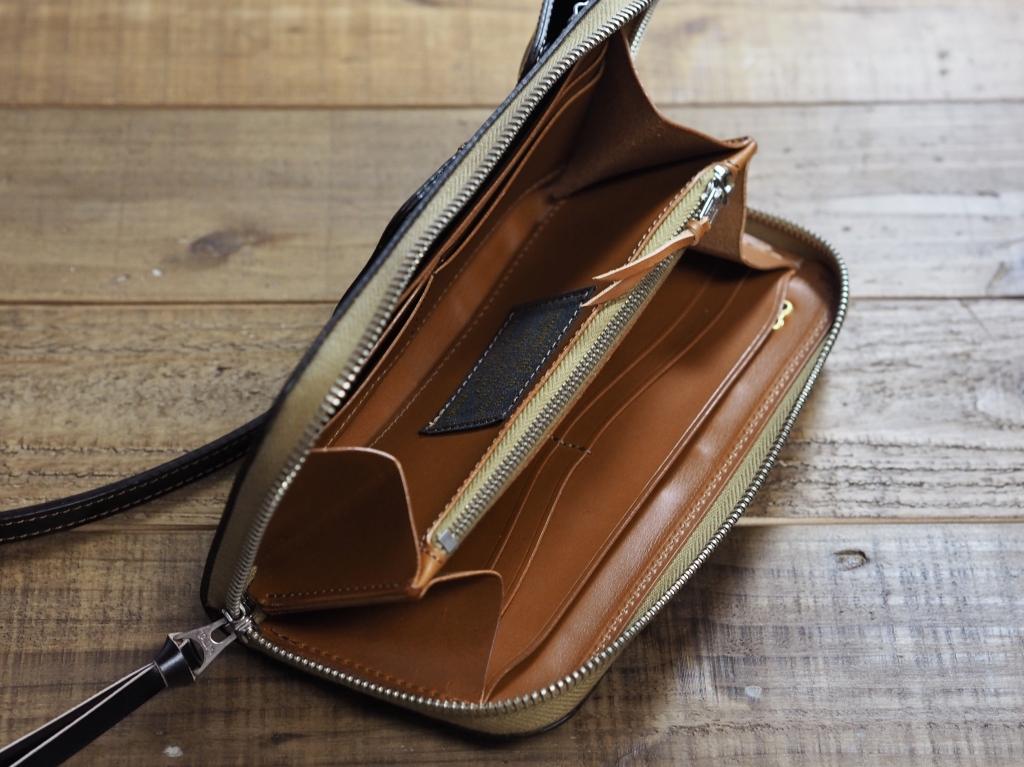 コードバンの革財布(フライトウォレット)