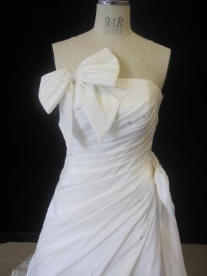 ウエディングドレス安い