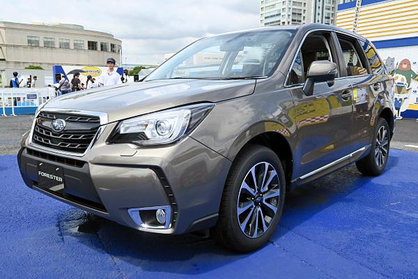 スバル フォレスター XT ブラウン レザー セレクション Subaru Forester XT Brown ...