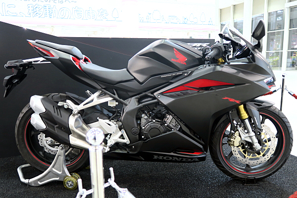 ホンダ Cbr250rr Honda Cbr250rr Car And Moto In Japan