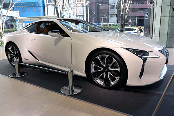 レクサス Lc500h プロトタイプ Lexus Lc500h Prototype Car And Moto