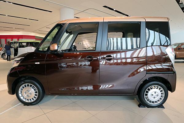 日産 デイズ ルークス ボレロ Nissan DAYZ ROOX Bolero | Car and Moto in ...