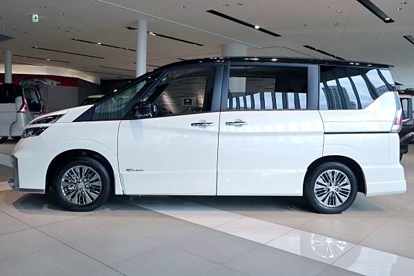 V Nissan Serena Rider V HD Wallpapers Download free images and photos [musssic.tk]