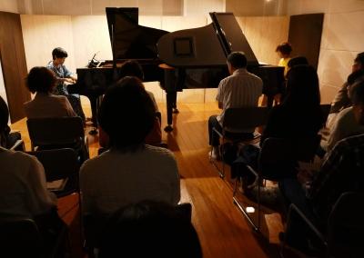 二台のピアノ