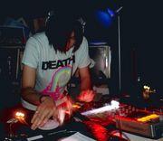 DJ HIROAKI