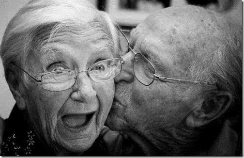 新婚旅行の思い出|老人ジョーク