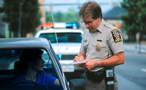 スピード違反とおしゃべりな妻