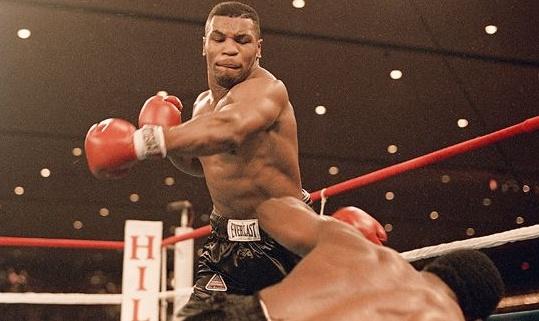 ボクシング世界タイトルマッチ