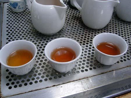 鴻智茶荘4