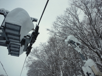 リフトの雪