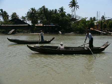 小舟での交通