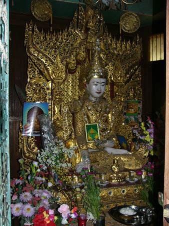 ウエルウォン寺(竹林寺)の150年前からの仏像