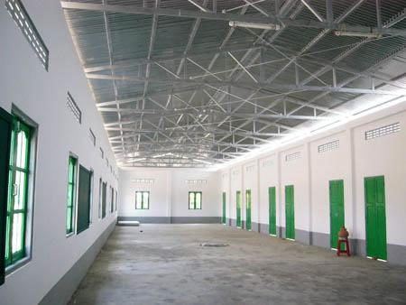 新校舎の内側