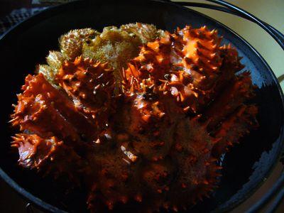 蟹inダッチオーブン