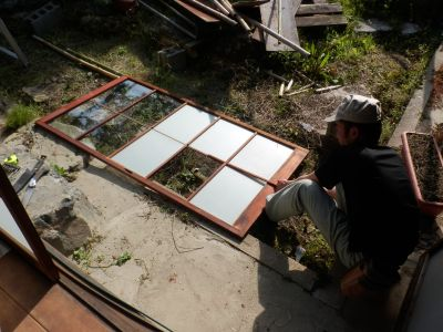 割れガラスの補修
