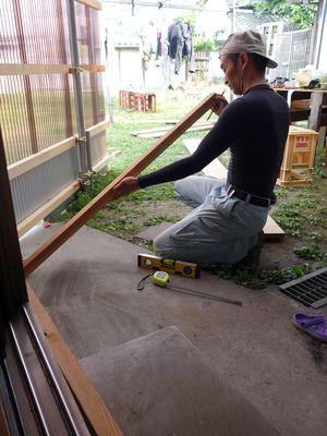 大工トシ敷台を作る